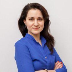 Louisa Slavkova front